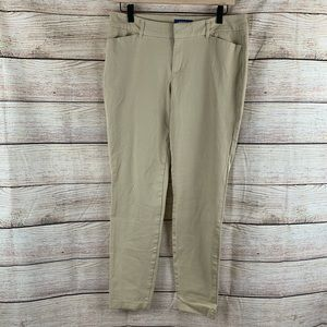 Old Navy Mid Rise Ankle Khaki Pant Size 12